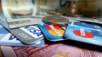 karty kredytowe i gotówka